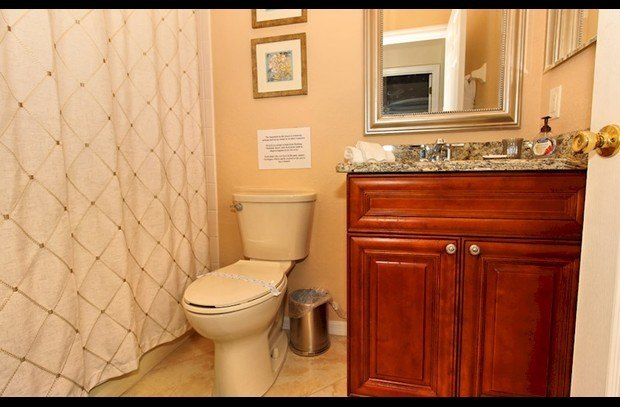 Ground Floor Bathroom adjacent to Queen Bedroom