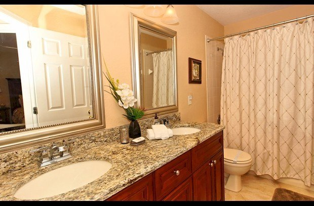 Upstairs Bathroom
